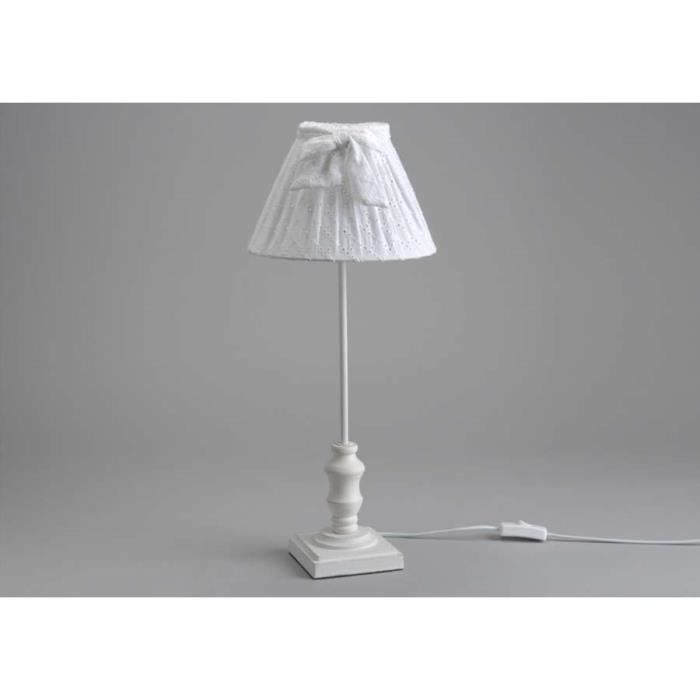 lampe de chevet blanche dentelle vendues par achat. Black Bedroom Furniture Sets. Home Design Ideas