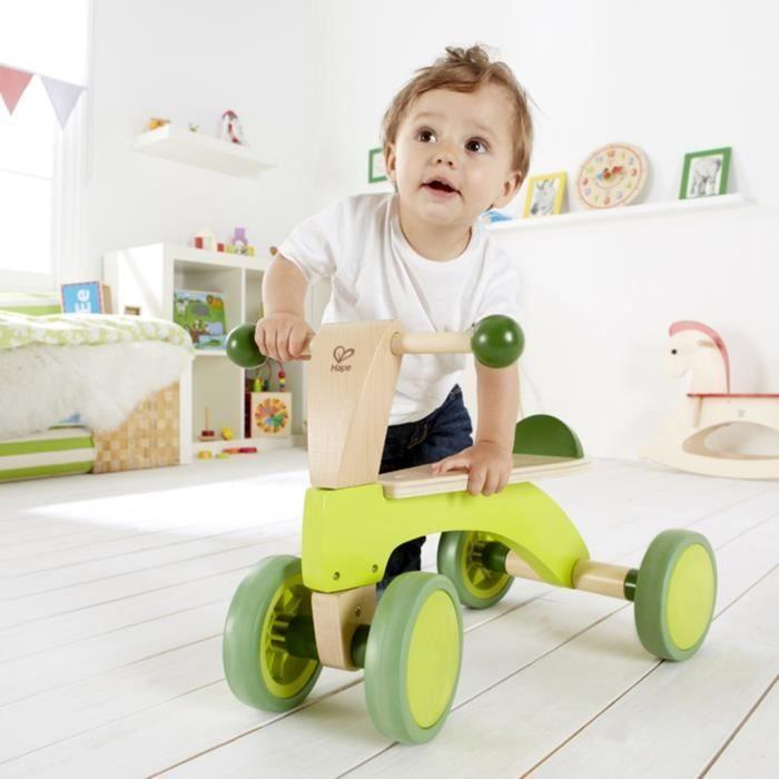 Vehiciles a pedales et a traction Draisienne a 4 roues Hape E0101