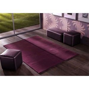 tapis contemporain senza prune. Black Bedroom Furniture Sets. Home Design Ideas