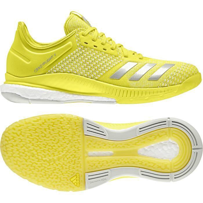 chaussure volleyball femme adidas