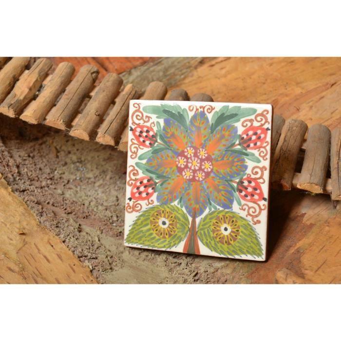 Joli Carreau Céramique Avec Peinture Aux Engobes Fait Main Avec Dessin De Fleur Référence 1545917701