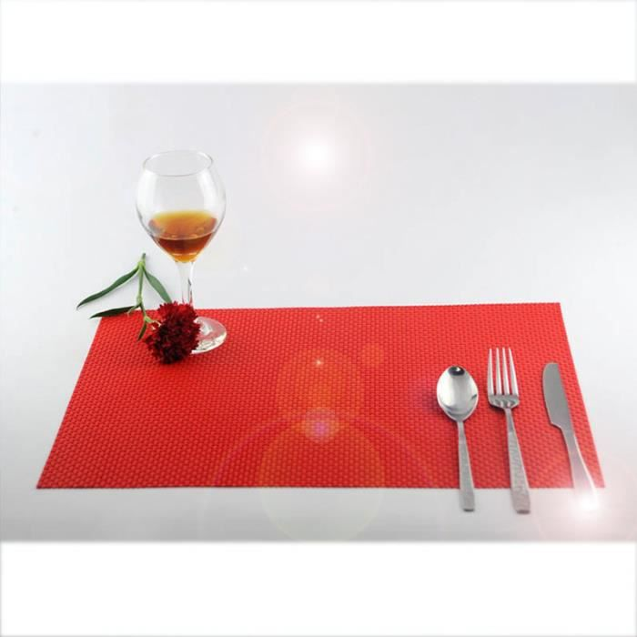 4pcs Sets de Table en PVC Antidérapage - Isolant - 45x30 cm - Tapis de Table Lavable pour Cuisine Occidentale Rouge