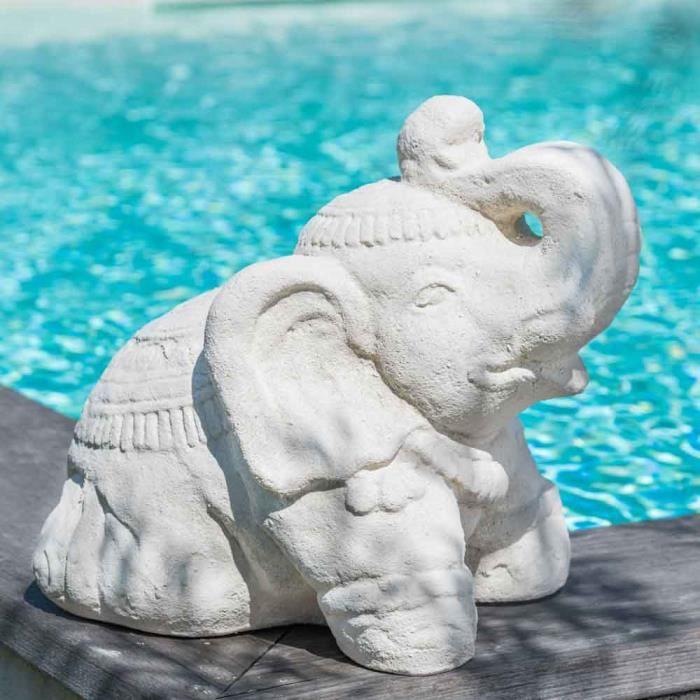 Statue Eléphant assis en pierre 40cm blanc crème.