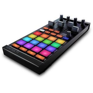 TABLE DE MIXAGE Native Instruments 22504 - TABLE DE MIXAGE -  2180