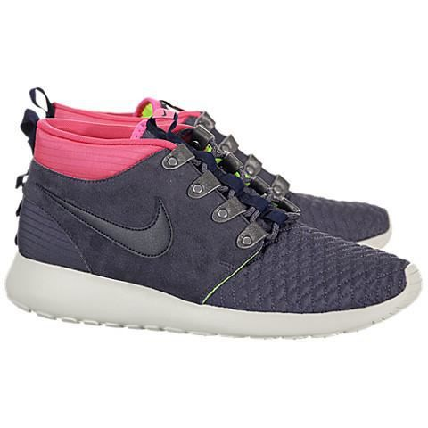 BASKET Nike Roshe Run Mid. ‹›