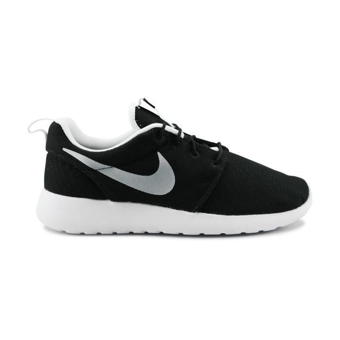 BASKET MULTISPORT Nike Roshe One Breathe Noir