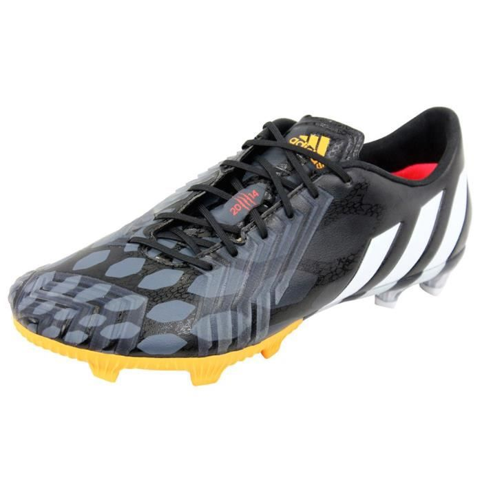 PREDATOR INSTINCT FG BLKChaussure Football Homme Adidas