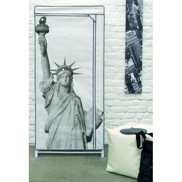 penderie souple statue de la liberte. Black Bedroom Furniture Sets. Home Design Ideas