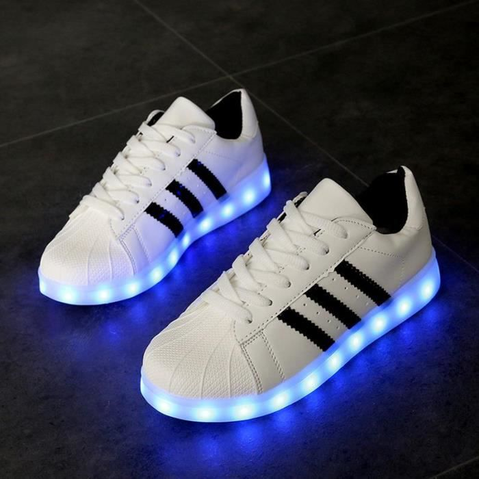 Soldes > chaussure led adidas > en stock