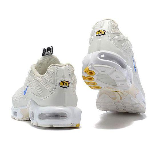 NIKE Baskets Air Max Plus TN Chaussures - Homme - Beige - Blanc ...