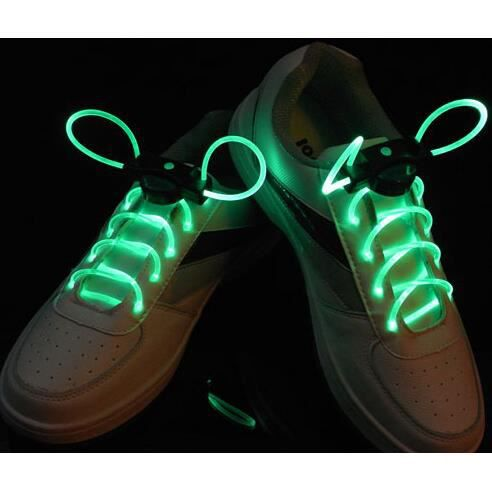 une paire led lacet de chaussure lumineux lacet led vert achat vente lacet cdiscount. Black Bedroom Furniture Sets. Home Design Ideas