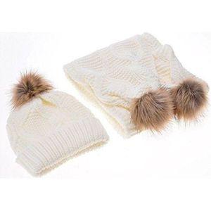 ECHARPE - FOULARD SHA TDC Ensemble bonnet, écharpe et gants - Femme