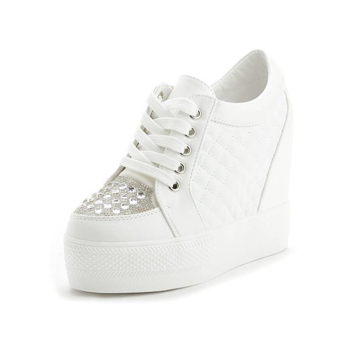 Femmes Casual Blanc Chaussures Mode Couleur Unie Imperm/éable /À Coudre PU Slip on Low Top Cach/é Talon 6 CM Chaussures Compens/ées Dames Mocassins