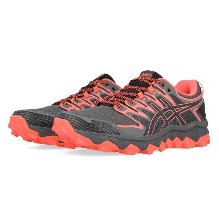 chaussure trail asics femme