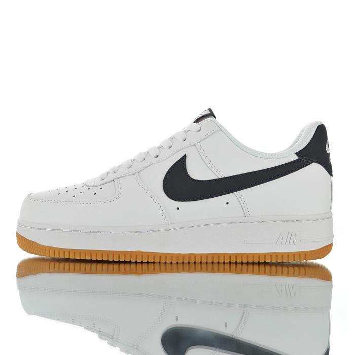 Baskets Nike Air Force 1 '07 Femme et Homme Blanc Blanc ...