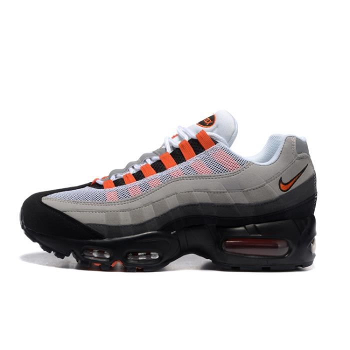 51c72be440a9 Homme Nike Air Max 95 Essential Baskets Chaussures De Sport Gris Rouge