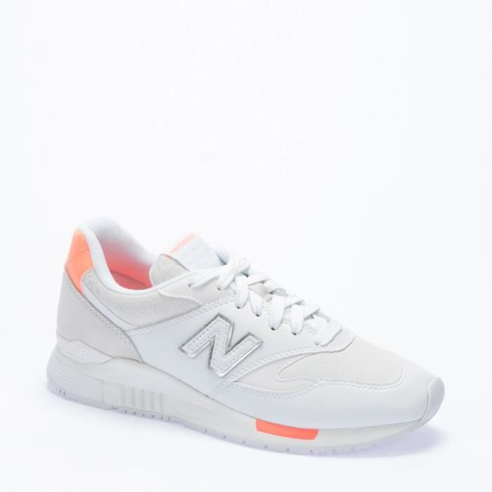 Baskets Femmes NEW BALANCE.
