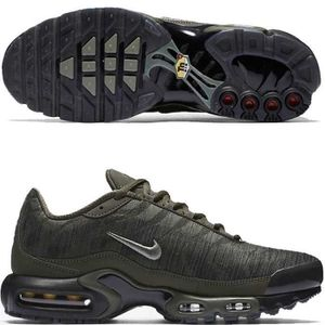 quality design 8edbd 7e03c BASKET Nike Air Max Plus JCRD