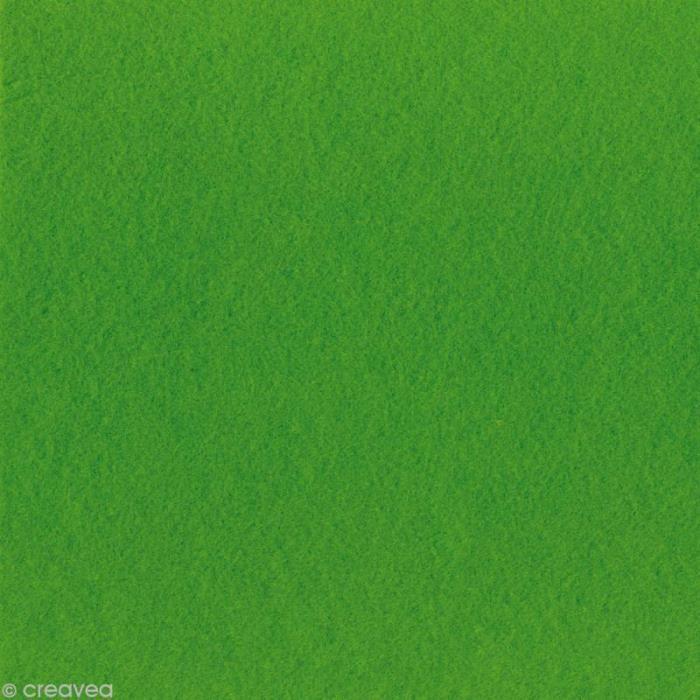 Feutrine épaisse - 2 mm - 30 x 30 cm - 32 couleurs Feutrine synthétique, couleur Vert gazon Dimensions : 30 x 30 cm Epaisseur : 2mm
