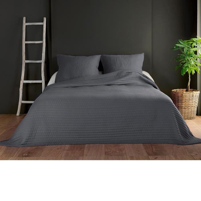 Couvre lit et taies unis matelassés Gris Foncé 250 x 260 cm