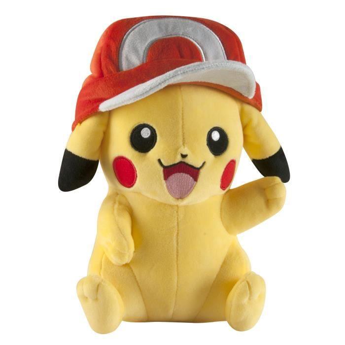 Tomy Pokémon Grand Pikachu avec le chapeau en peluche de Ash GRS2Z