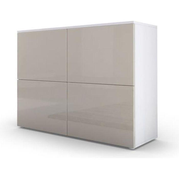 Commode design avec le corps mat blanc et façades laquées gris sablé