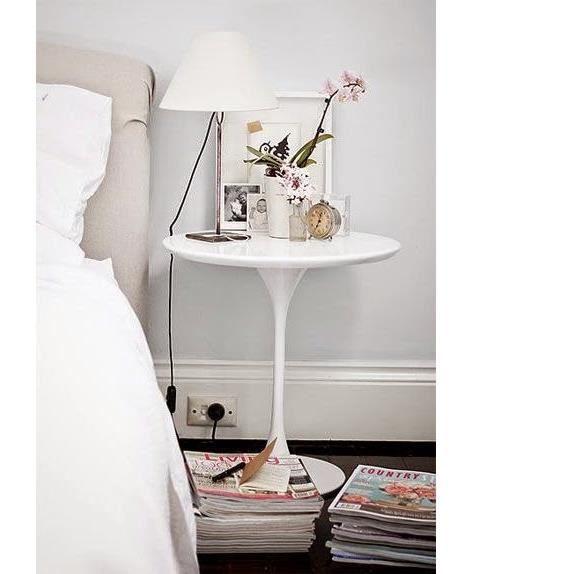 Table basse à Café Design Saarinen Tulip Blanc Laqué et Réplique, Diamètre 50 cm