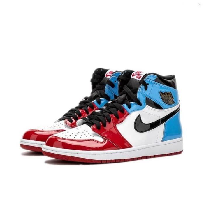 Air Jordan 1 Retro High OG Fearless UNC Chicago Chaussures de Sport Basket AJ 1 Pas Cher pour Homme Femme