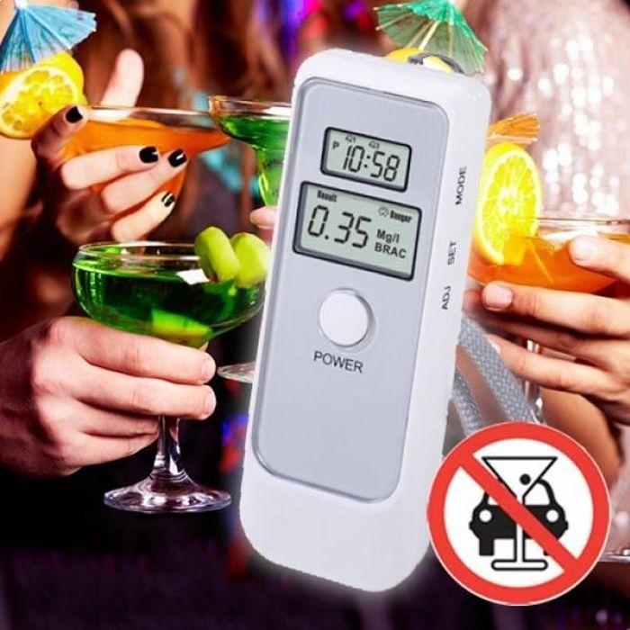 Éthylotest à écran digital LCD * Mesure du taux d'alcool dans l'air expiré * Ecran digital LCD * Capteur de haute sensibilité *