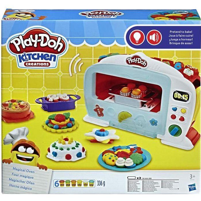 Avec le Four Magique de Play-Doh, les chefs en herbe pourront faire gonfler leur créations comme par magie et imiter les master