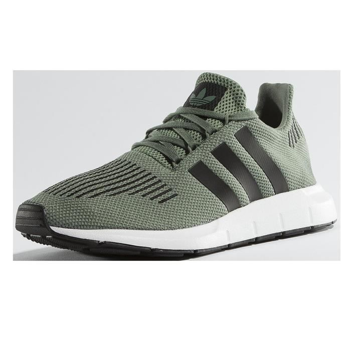 adidas Homme Chaussures / Baskets Swift Run