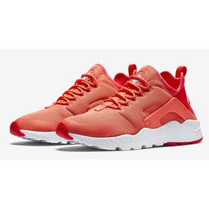 BASKET Nike Air Huarache Ultra