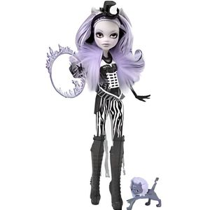 poup e monster high freak du chic clawdeen wolf achat. Black Bedroom Furniture Sets. Home Design Ideas