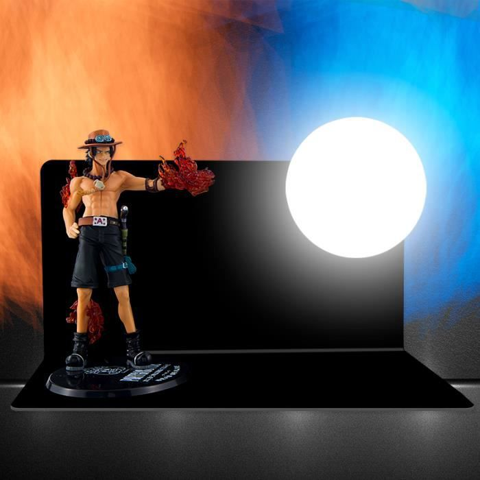 Lampe One Piece Monkey D. Luffy Veilleuse Figurine Lampe de Table LED Lampe de Bureau