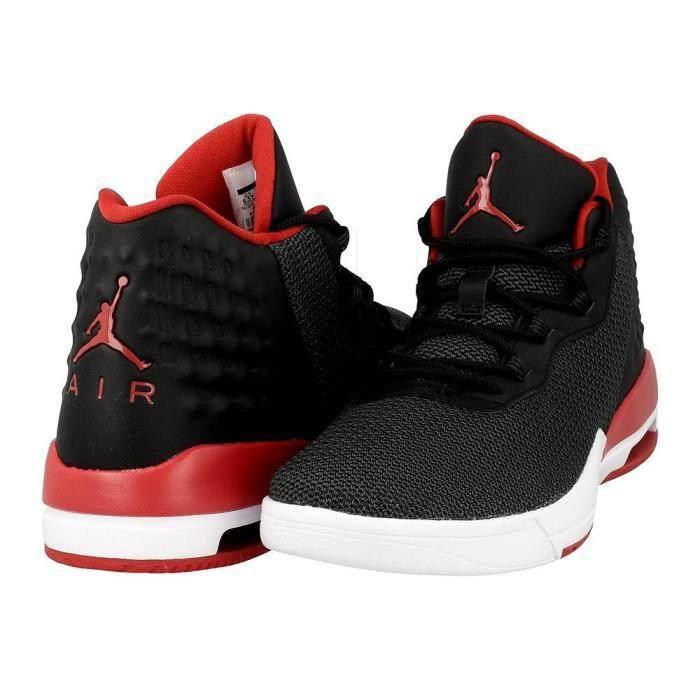 chaussure nike noir et rouge