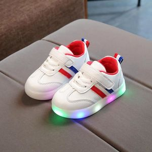 buy popular b1381 d2f2a BASKET Toddler enfants enfants bébé rayé chaussures LED a