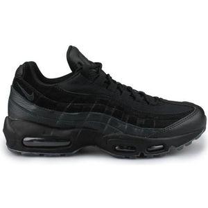 BASKET MULTISPORT Nike Air Max 95 Essential Noir