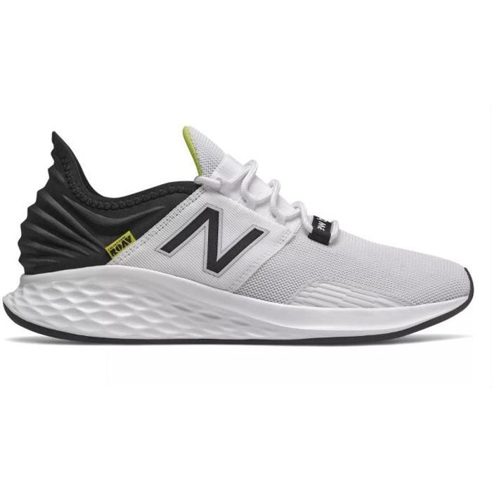 Chaussures de multisports New Balance Fresh Foam Roav