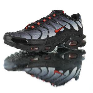 BASKET NIKE Baskets Air Max TN Plus Chaussures de Course