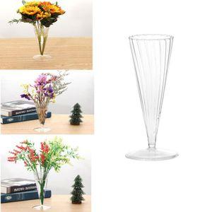 VASE - SOLIFLORE Vase de fleurs en verre Vases décoratifs Centerpie