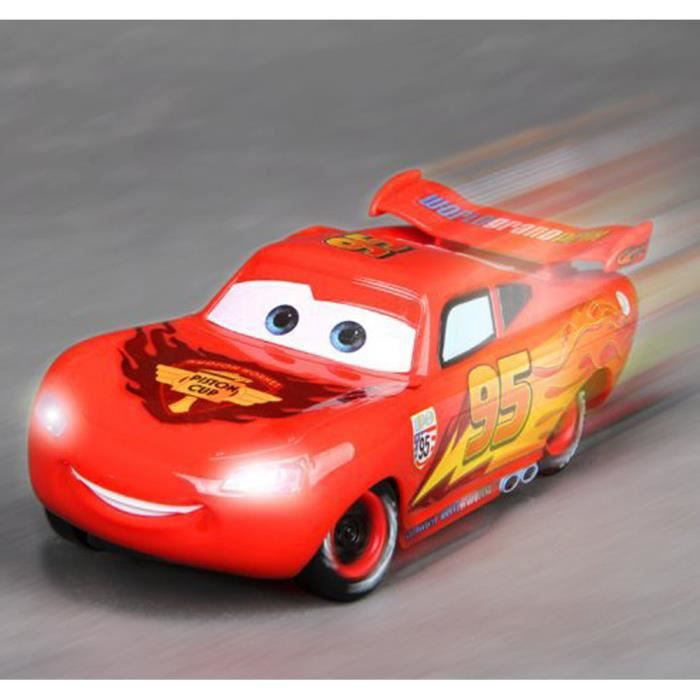 cars 2 voiture radiocommand e mcqueen cars disney achat. Black Bedroom Furniture Sets. Home Design Ideas