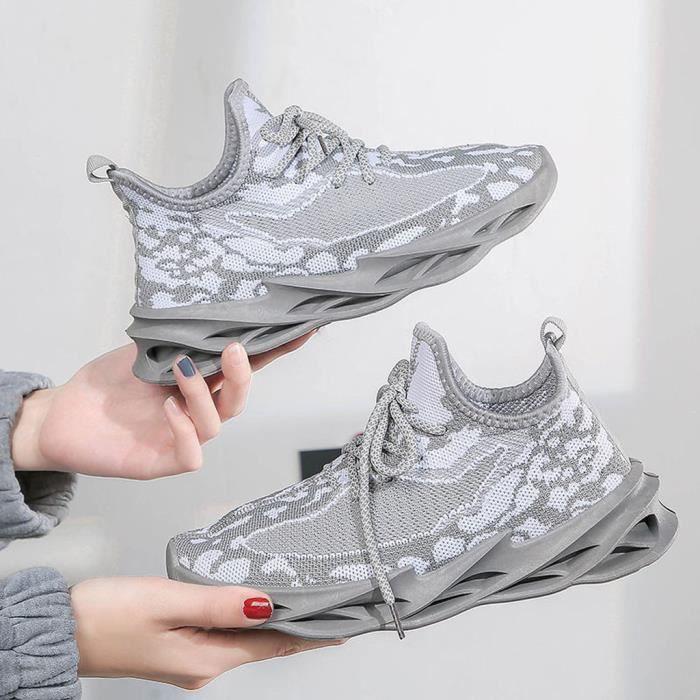 Femmes Blade Running Sneakers Nouvelles chaussures tissées volantes en maille sauvage légère gris