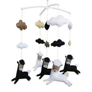MOBILE Cadeau Bébé Musical Mobile, la main Hanging Toy [A