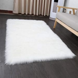 TAPIS D'EXTÉRIEUR Grand tapis rectangle blanc en peau de mouton, imp