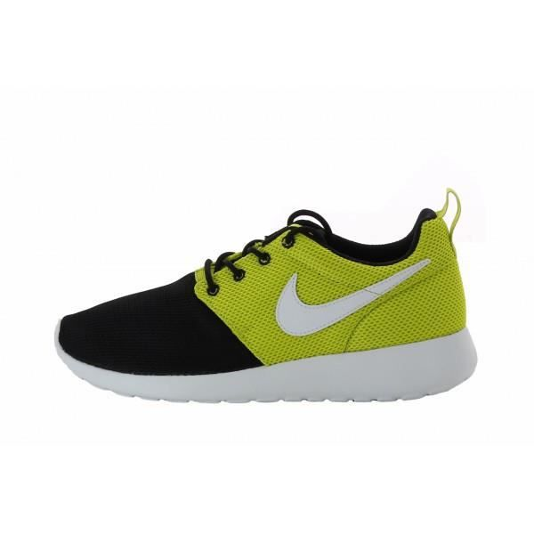 evihk BASKET Basket Nike Roshe Run (GS) - 599.