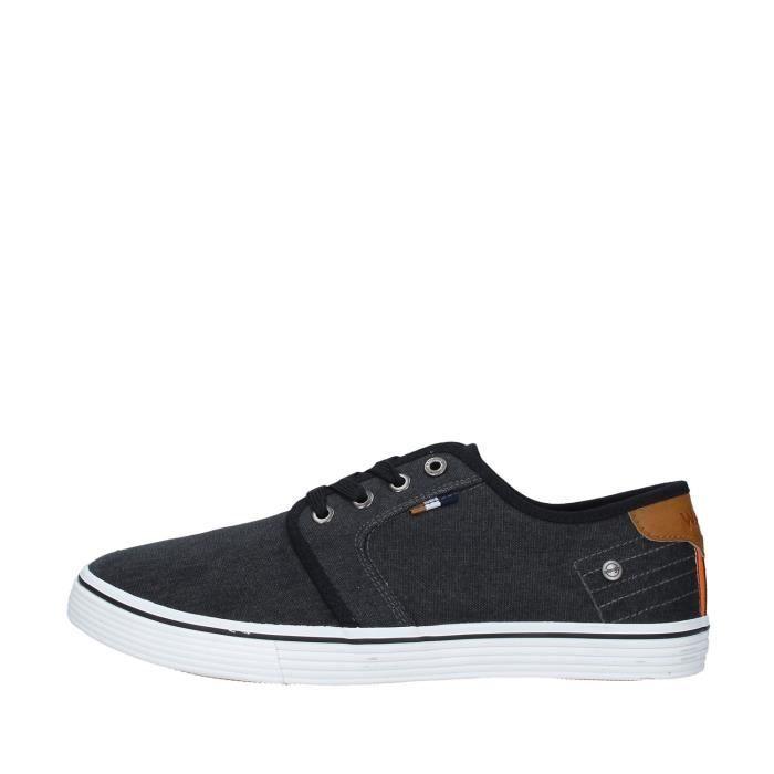 Wrangler WM01040A chaussures de tennis faible homme NOIR