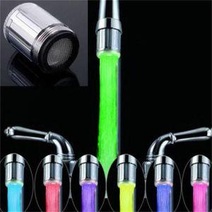 DOUCHETTE - FLEXIBLE Embout lumineux à LED pour mitigeur robinet 7 coul