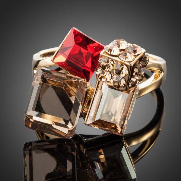 bague cube plaqué or et cristaux swarovski elements neuf t54