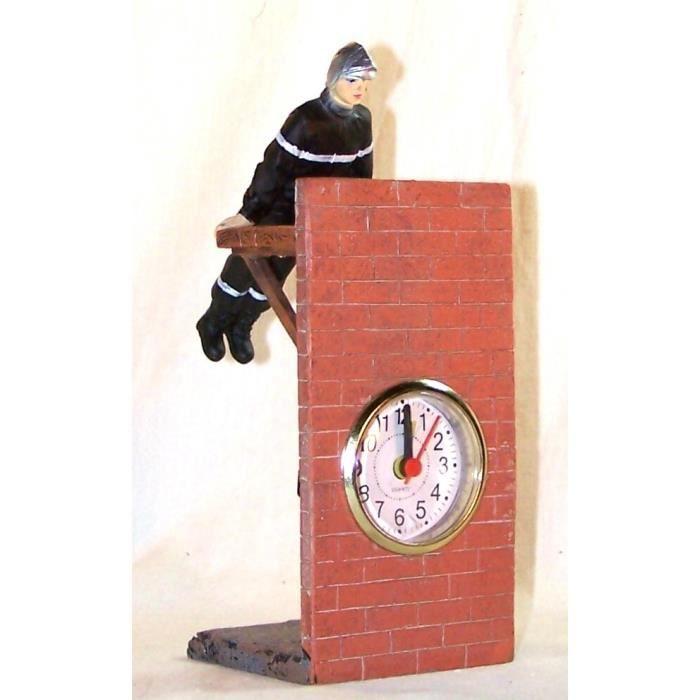 Horloge pompier sur planche