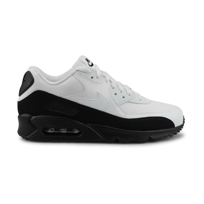 new concept 473c8 c05f8 BASKET Nike Air Max 90 Essential Noir Taille 43